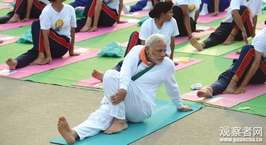 INDIA-LIFESTYLE-YOGA-GOVERNMENT