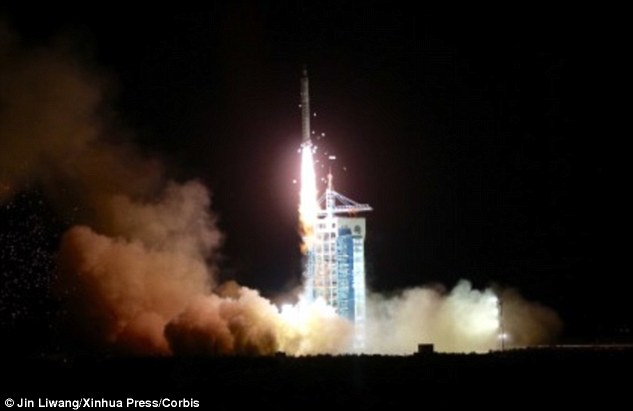 334AE21D00000578-3549536-Earlier_this_month_China_launched_its_SJ_10_satellite_mission_pi-a-1_1461160522384